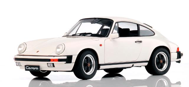 Porsche 911 Carrera 3.2 (1983) Premium ClassiXXs 1/12 Blanco
