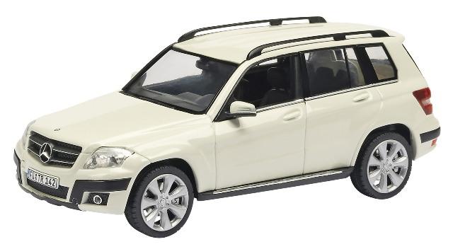 Mercedes Benz GLK (2009) Schuco 1/43 Blanco 4 X 4
