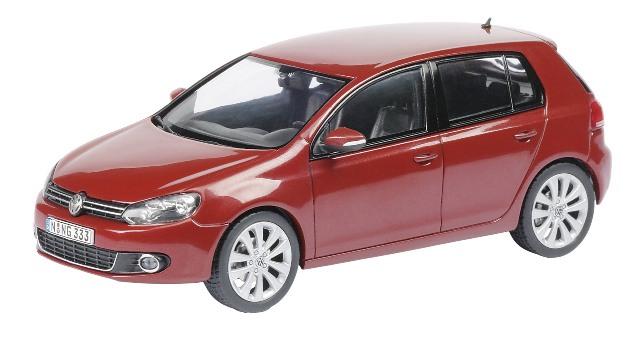 Volkswagen Golf 5p. Serie VI (2008) Schuco 1/43 Rojo Metalizado