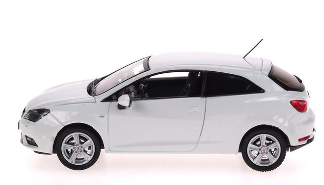 Seat Ibiza Coupé 3p. Restiling (2012) AF 1:43 Blanco