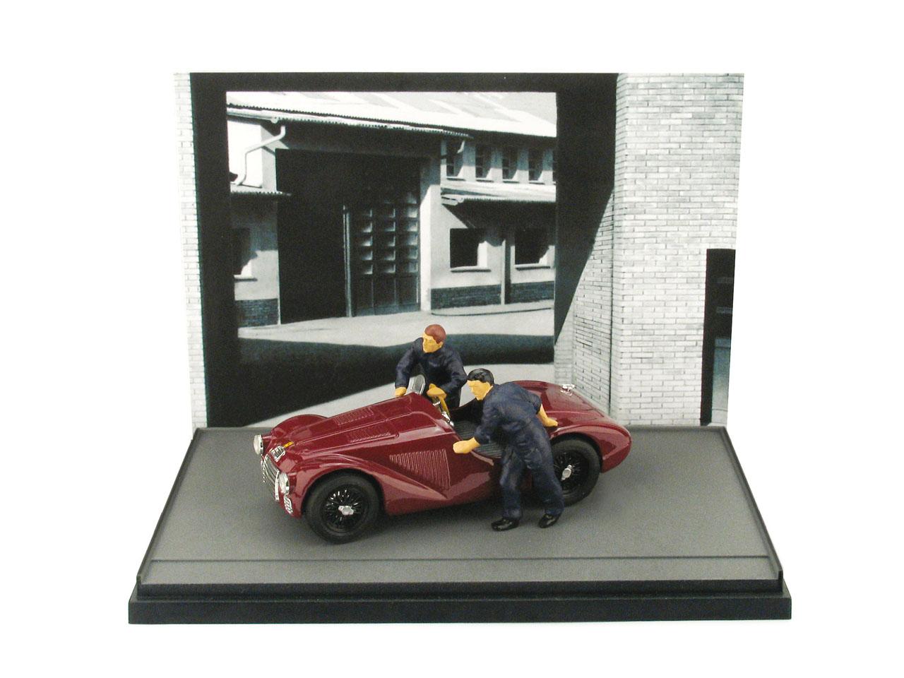 Ferrari 125 (1947) diorama con 2 mecánicos Brumm AS50 1/43 Diorama Decorado en color