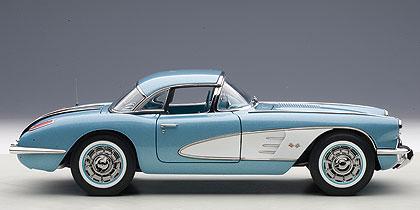 Chevrolet Corvette (1958) Autoart 1:18 Azul Metalizado