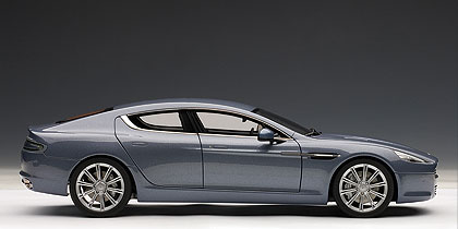 Aston Martin Rapide (2010) Autoart 1/18 Azul Concurso