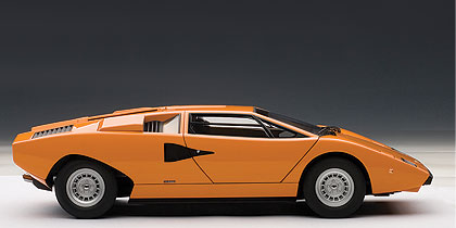 Lamborghini Countach LP400 (1974) Autoart 1:18 Naranja