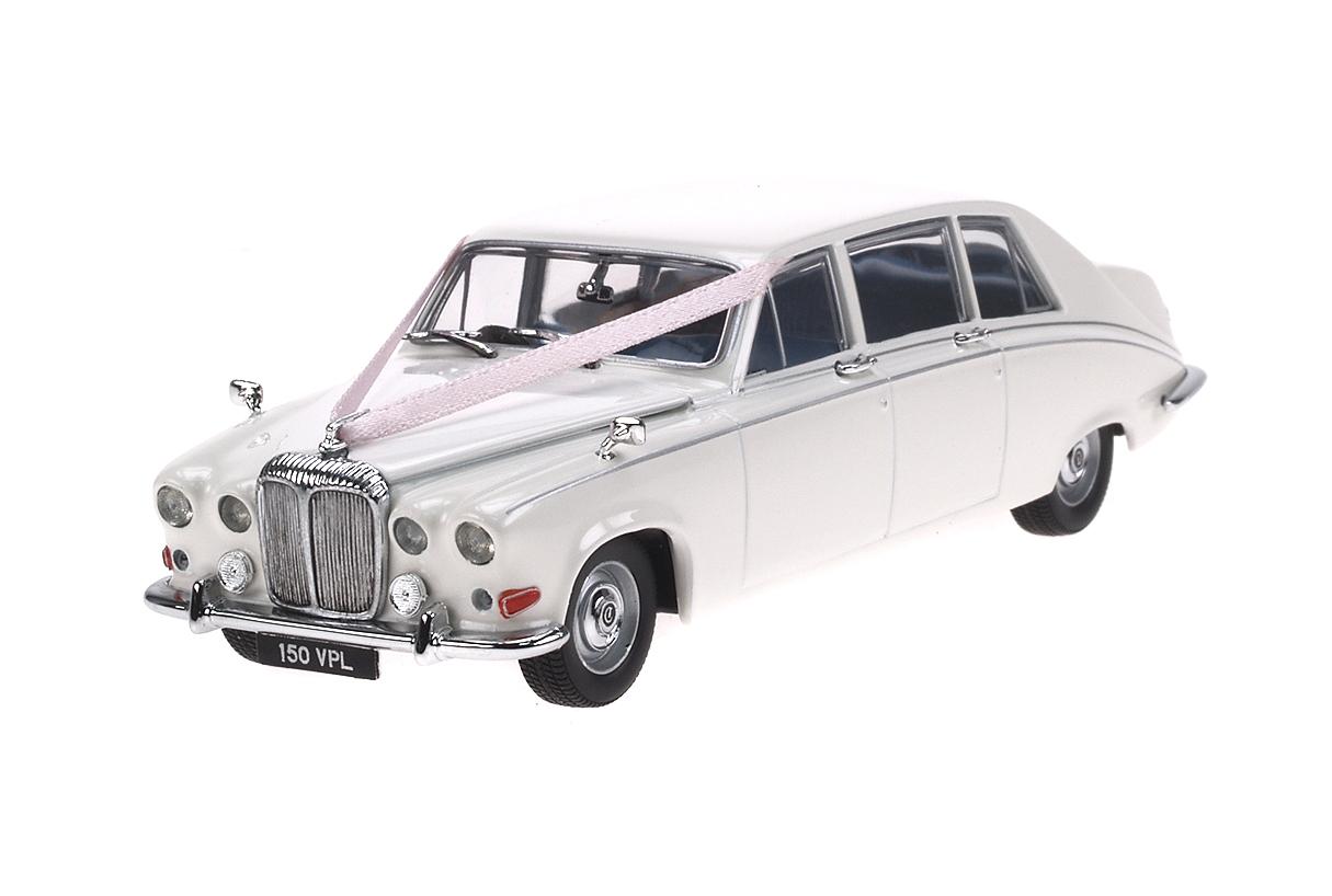Daimler DS420 (1968) Oxford 1/43 Blanco Decoración Bodas