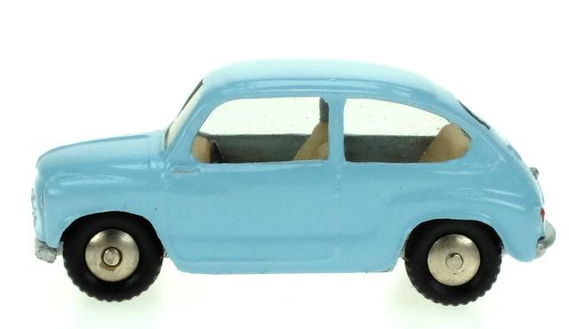 Fiat 600 (1955) Scott 1/50 Azul Pastel