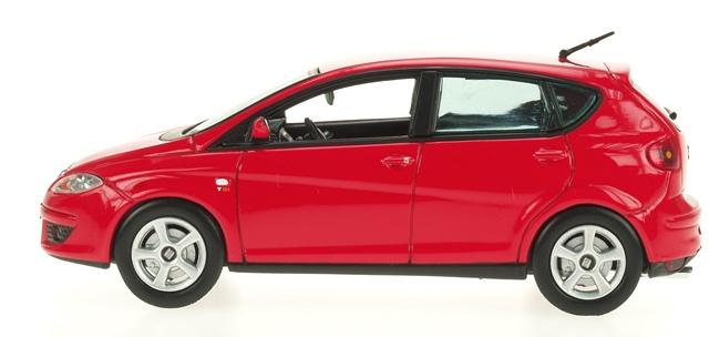 Seat Altea (2004) Ixo 1/43 Rojo