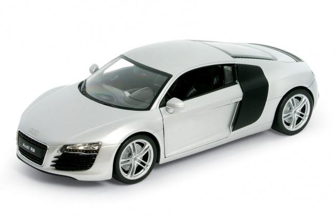 Audi R8 (2006) Welly 1:24 Gris Metalizado