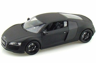 Audi R8 (2006) Welly 1:24 Negro Mate
