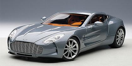 Aston Martin ONE-77 (2009) Autoart 70243 1:18