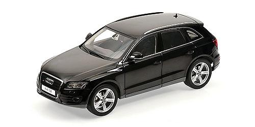 Audi Q5 (2008) Kyosho 09241 1/18 Negro Fantasma
