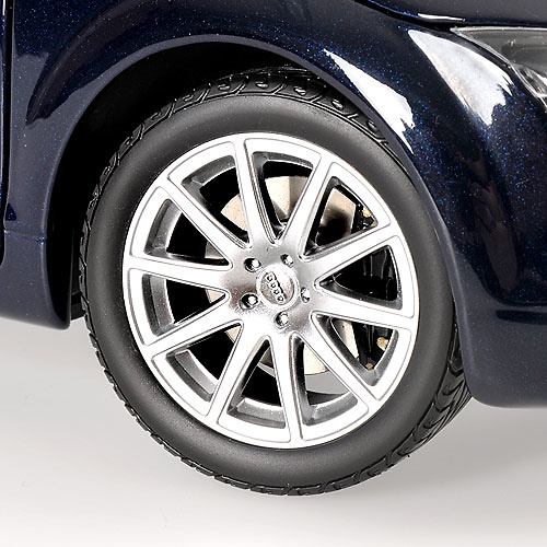 Audi TT Cabrio (2006) Minichamps 100015031 1/18