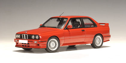 BMW M3 Evolution Sport -E30- (1990) Autoart 70561 1:18
