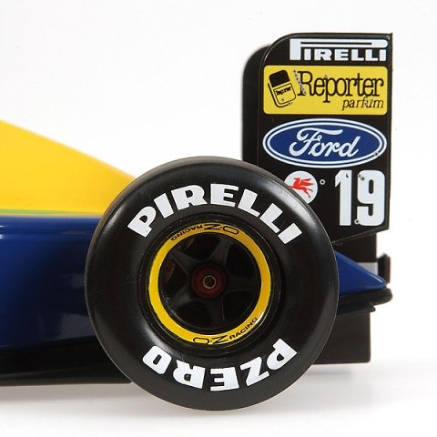 Benetton B191 nº 19 Roberto Moreno (1991) Minichamps 100910019 1/18