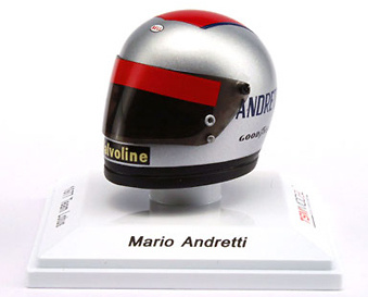 Casco Mario Andretti Team Lotus (1977) True Scale Models TSM12AC05 1/8