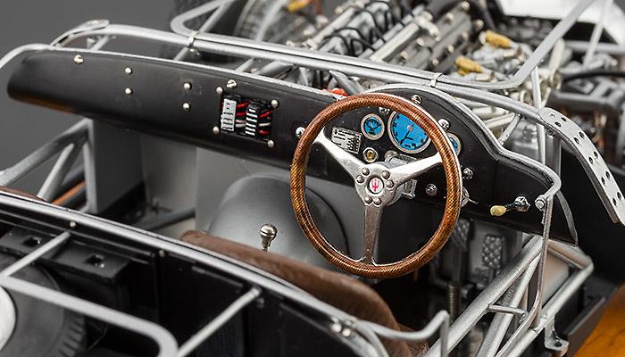 Chasis Maserati 300S (1956) CMC M-109 1:18