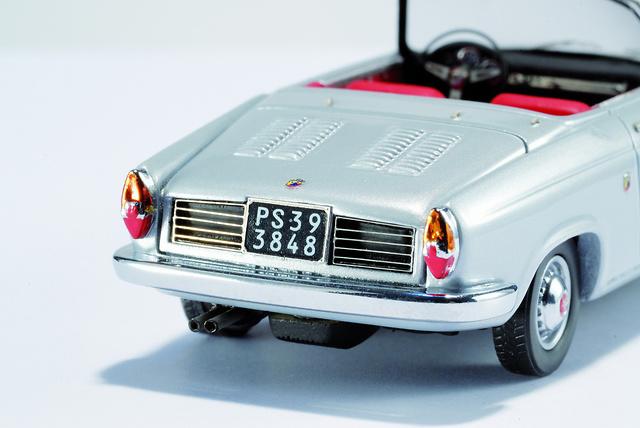 Fiat Abarth 850 cabriolet (1959) abierto Plata