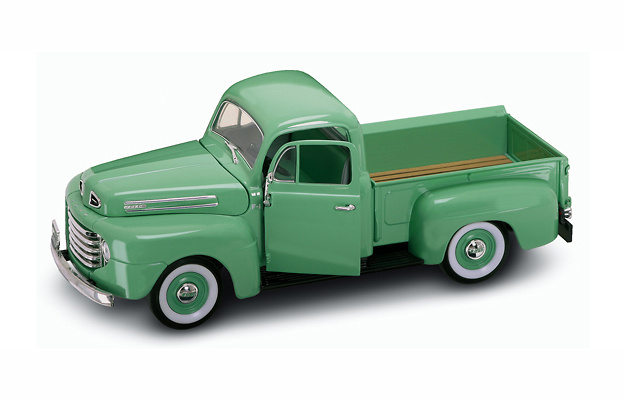 Ford F-1 Pick Up (1948) Lucky Die Cast 92218 1:18