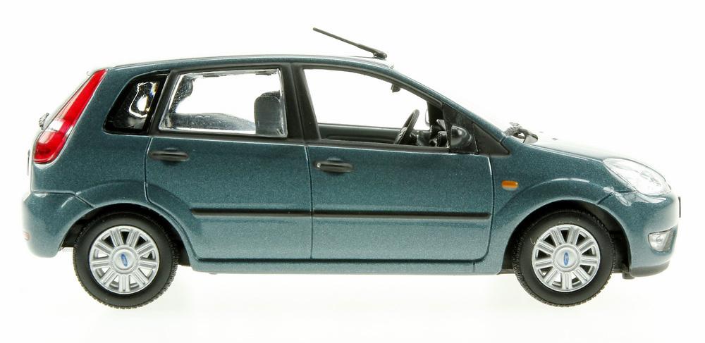Ford Fiesta 5p. serie V (2002) Minichamps 1/43