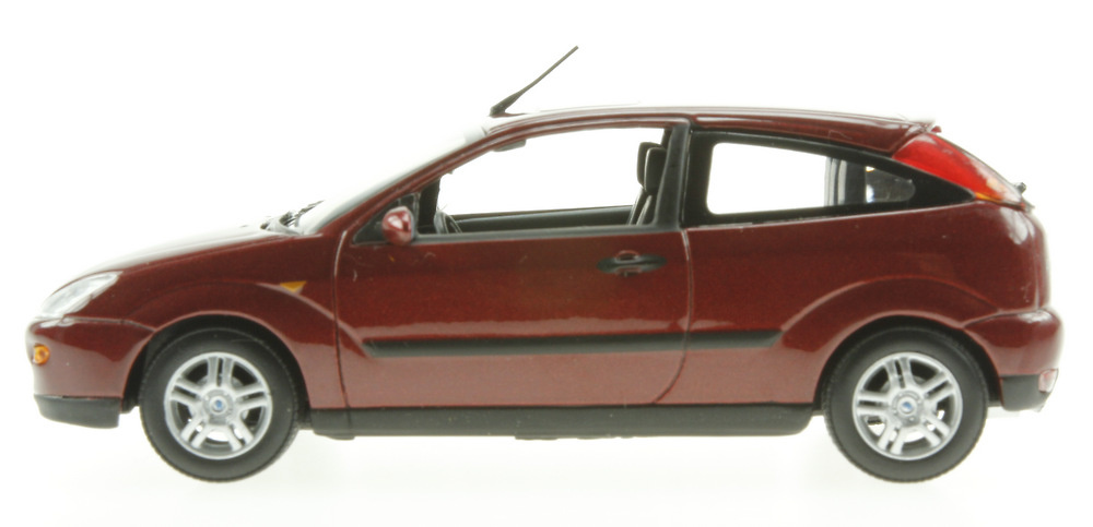 Ford Focus 3p Serie I (2002) Minichamps 113481 1/43