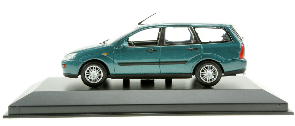 Ford Focus Turnier Serie I (1999) Minichamps 113479 1/43