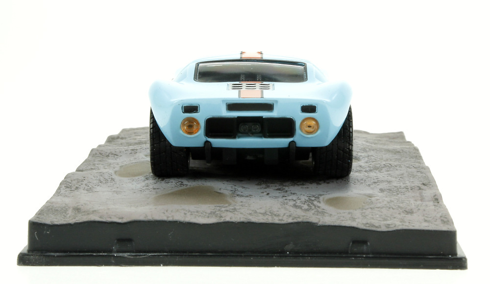 Ford GT40 (1964) James Bond