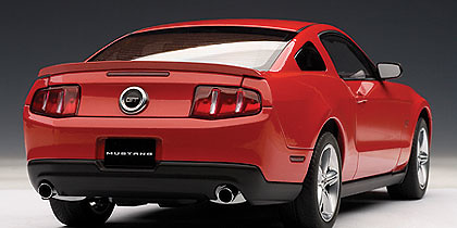 Ford Mustang GT (2010) Autoart 72913 1/18