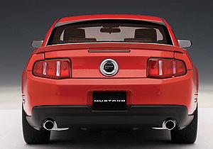 FFord Mustang GT (2010) Autoart 72913 1/18