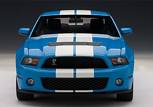 Ford Mustang Shelby GT500 (2010) Autoart 72916 1/18