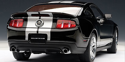 Ford Mustang Shelby GT500 (2010) Autoart 72918 1/18