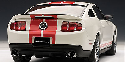 Ford Mustang Shelby GT500 (2010) Autoart 72919 1/18