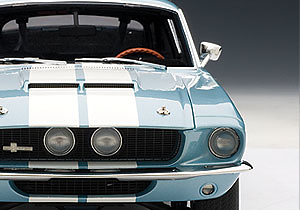 Ford Shelby Mustang GT500 (1967) Autoart 72907 1/18