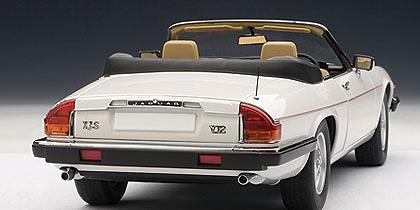 Jaguar XJS Cabriolet (1988) Autoart 73571 1/18