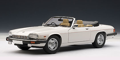 Jaguar XJS Cabriolet (1988) Autoart 1/18