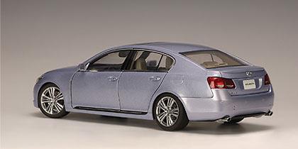 Lexus GS 450 H (2006) Autoart 78821 1/18