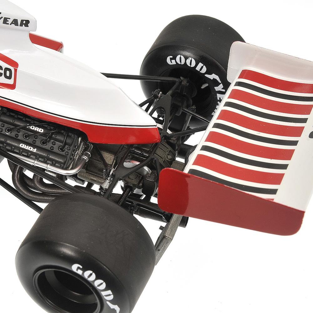McLaren M23 nº 6 Denny Hulme (1974) Minichamps 530741806 1:18