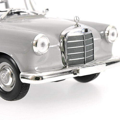 Mercedes Benz 190 -W110- (1961) Minichamps 400037200 1/43
