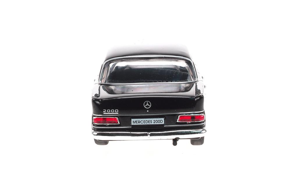 Mercedes 200D -W110- (1961) Atlas 1:43