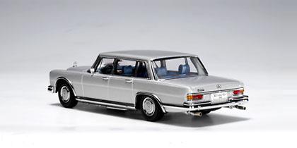 Mercedes Benz 600 SWB -W100- (1964) Autoart 56191 1/43