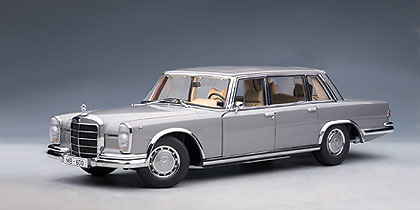 Mercedes benz 600 swb w100 1964 autoart 76191 1 18 for Mercedes benz 600s