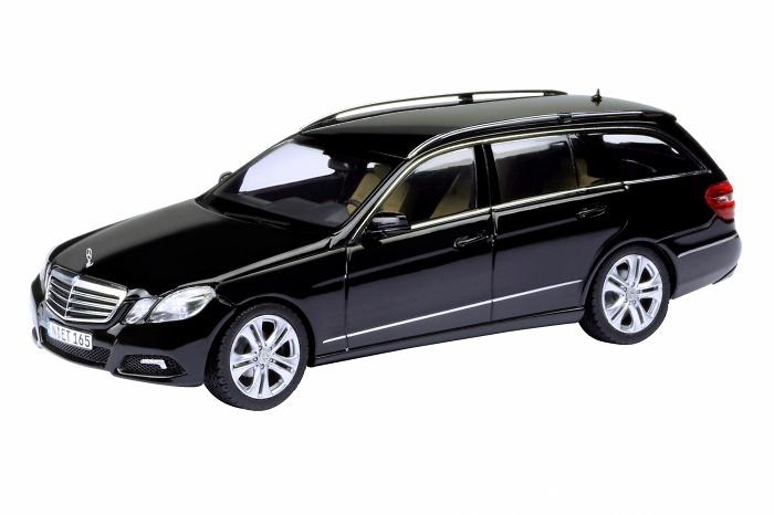 Mercedes Benz Clase E Avantgarde -W212- (2009) Schuco 450733600 1/43