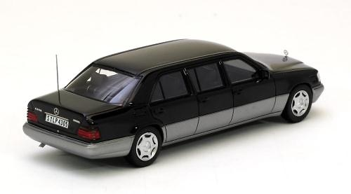 Mercedes Benz Limousine -W124- (1990) Neo 44305 1/43