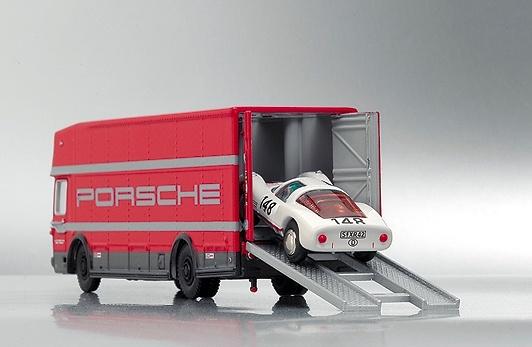Mercedes Benz Camión Oficial Porsche Bub 07150 1/87