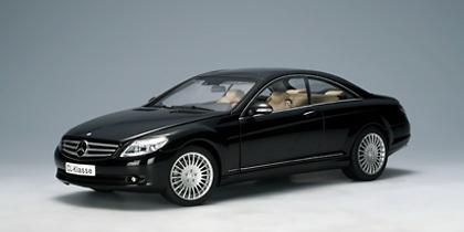 Mercedes Benz CL Coupé -W216- (2007) Autoart 76165 1/18