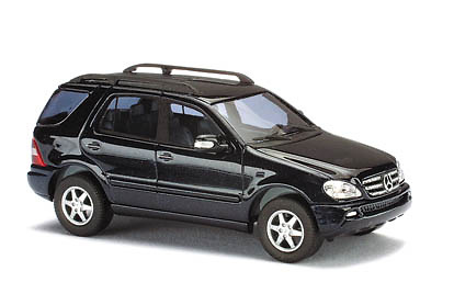 Mercedes Benz Clase ML500 (2001) Facelift CMC Busch 48535 1/87