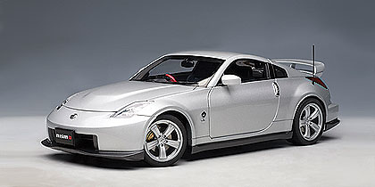 Nissan Fairlady Z Nismo 380RS (2007) Autoart 1/18