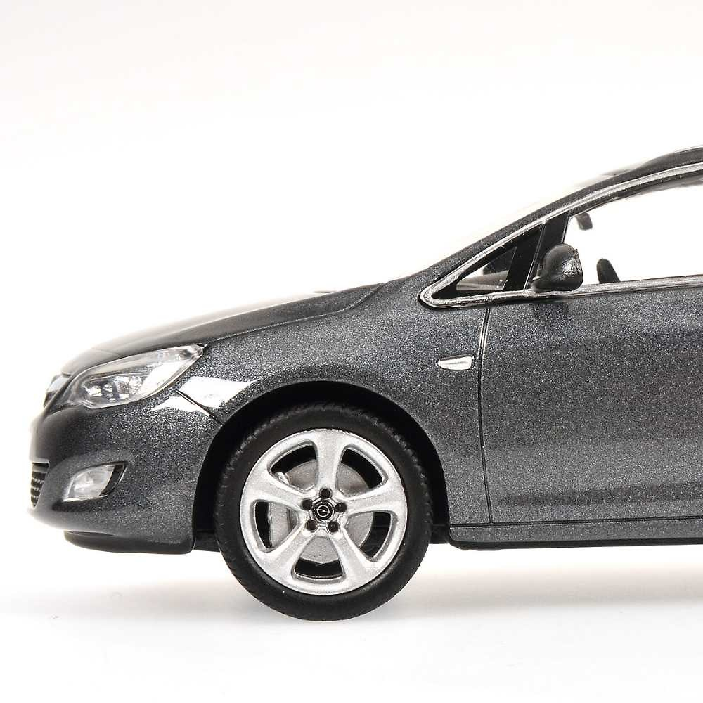 Opel Astra Sports Tourer (2010) Minichamps 400049010 1/43
