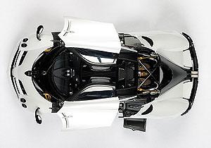 Pagani Huayra (2011) Autoart 78267 1/18