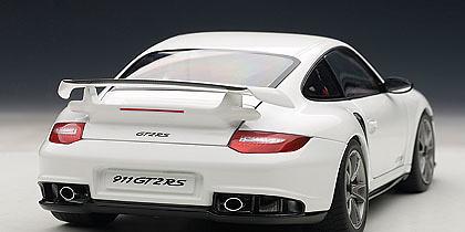 Porsche 911 GT2 RS -997- (2010) Autoart 77963 1:18