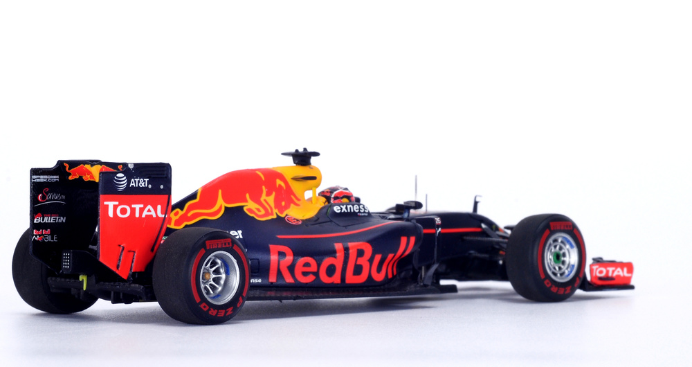 Red Bull RB12
